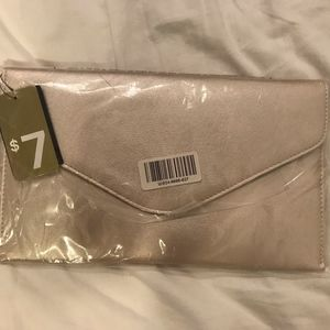 NEW with tags Forever21 evening golden clutch